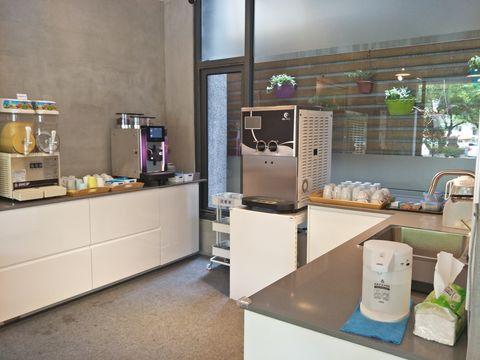 樂河自助式飲料台