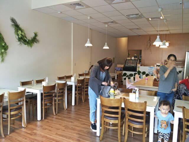 小森林親子餐廳座位區