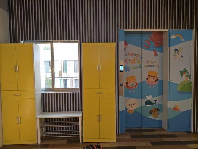 童樂島電梯