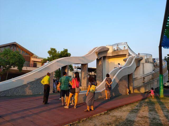 葫蘆埤自然公園溜滑梯