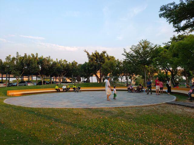 葫蘆埤自然公園廣場