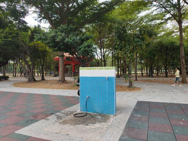水萍塭公園洗腳台
