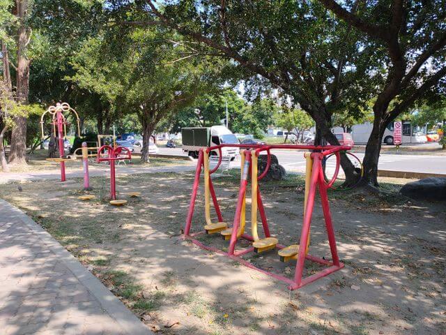 明和公園健身器材