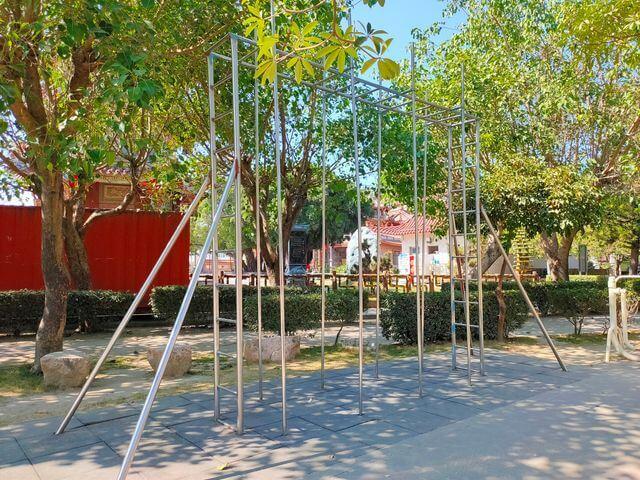 佳福寺攀爬欄杆