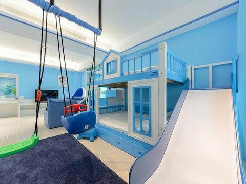 太平528民宿溜滑梯房間